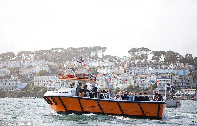 boat-funeral-uk