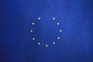 eu-brexit-flag