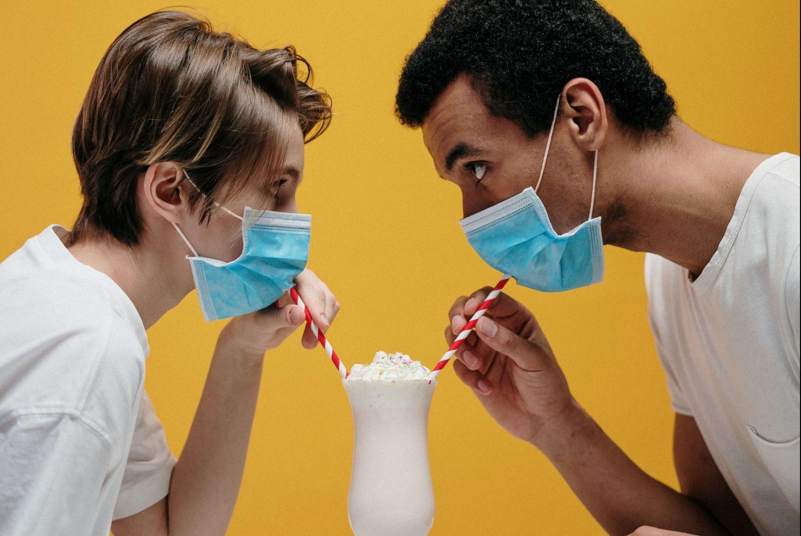 coronavirus-socialising