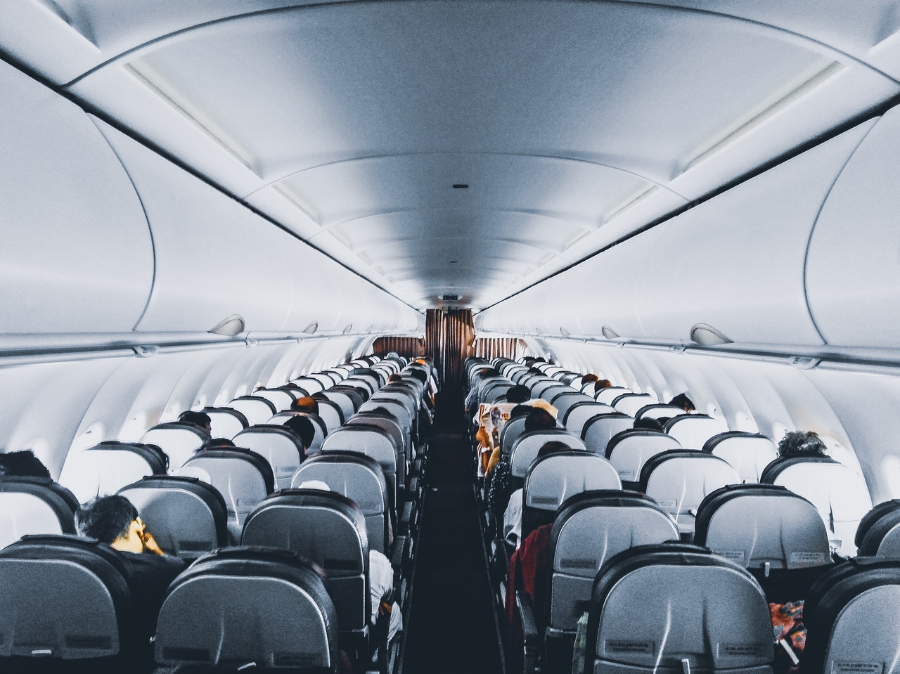 airline-empty-seats