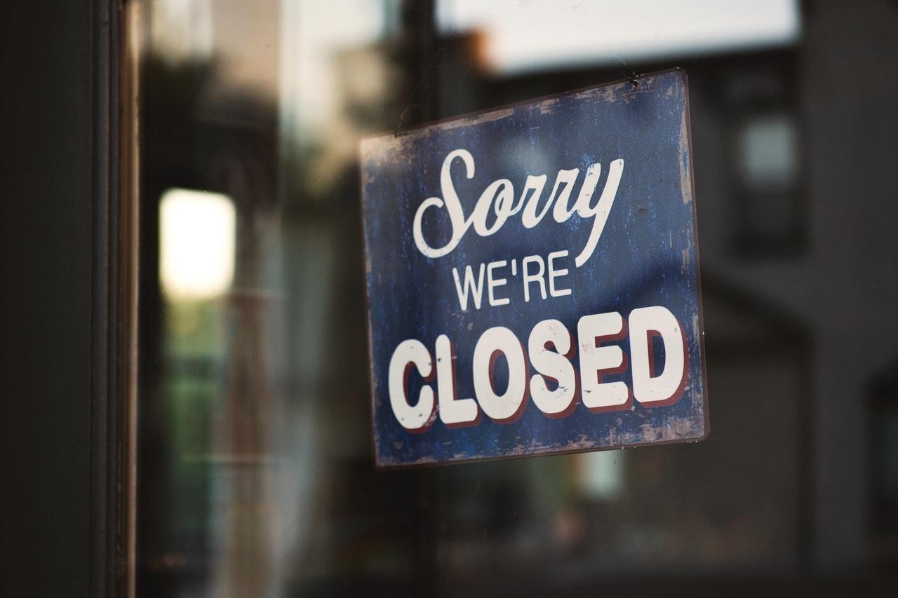 lockdown-closed-sign