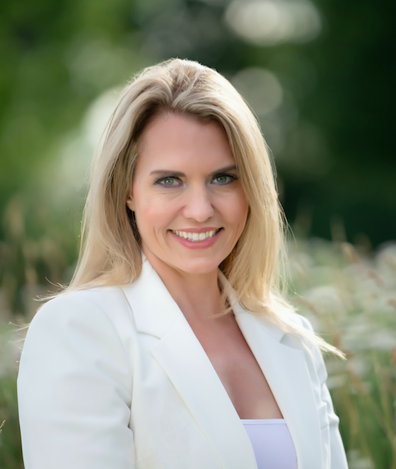 Zoe Clews - Founder and Hypnotherapist at Zoe Clews & Associates