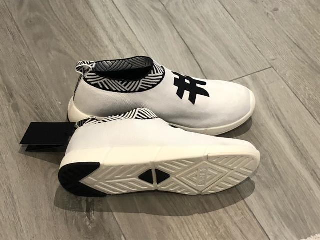 rens-sneakers